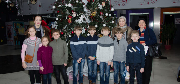 CHRISTMAS MEETINGS WITH INTERNALLY DISPLACED FAMILIES